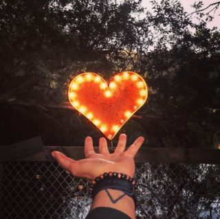 🧘♀️ La rentrée est toujours une période stressante, il faut reprendre ses marques, réorganiser son quotidien bien perturbé ces derniers mois. Découvrez les bienfaits de la cohérence cardiaque, elle peut vous aider à réguler vos émotions. Il suffit de respirer 6 fois (6 inspirations/expirations) par minute, pendant 3 à 5 minutes. Lien dans la bio. . . . #wearegreenfr #onrespire #onfaitdespauses #antistress #coherencecardiaque #haveabreak